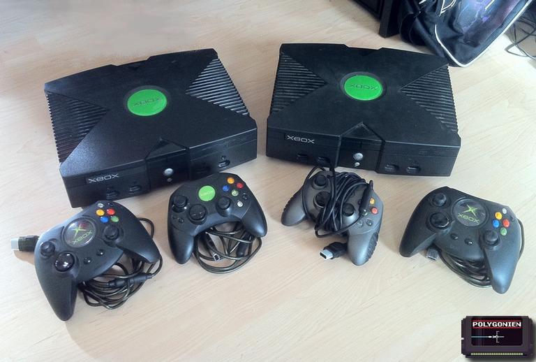 Gebrauchte Xbox Classic Konsole und Controller